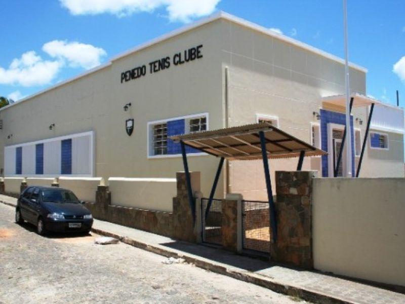 Os Noventa Anos Do Penedo Tênis Clube