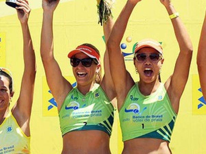 Pra variar, Juliana e Larissa vencem mais uma etapa no Brasil