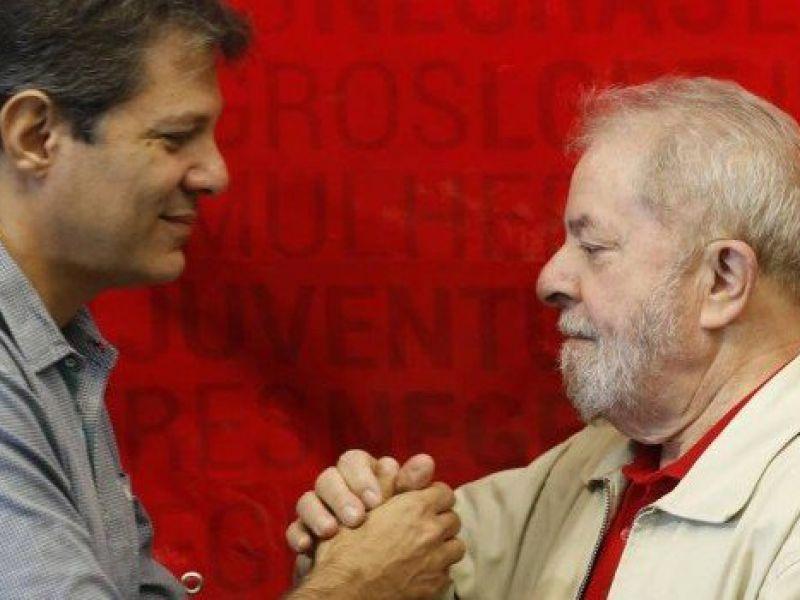 """""""Nosso nome agora é Haddad"""": em carta, Lula e PT indicam candidato"""