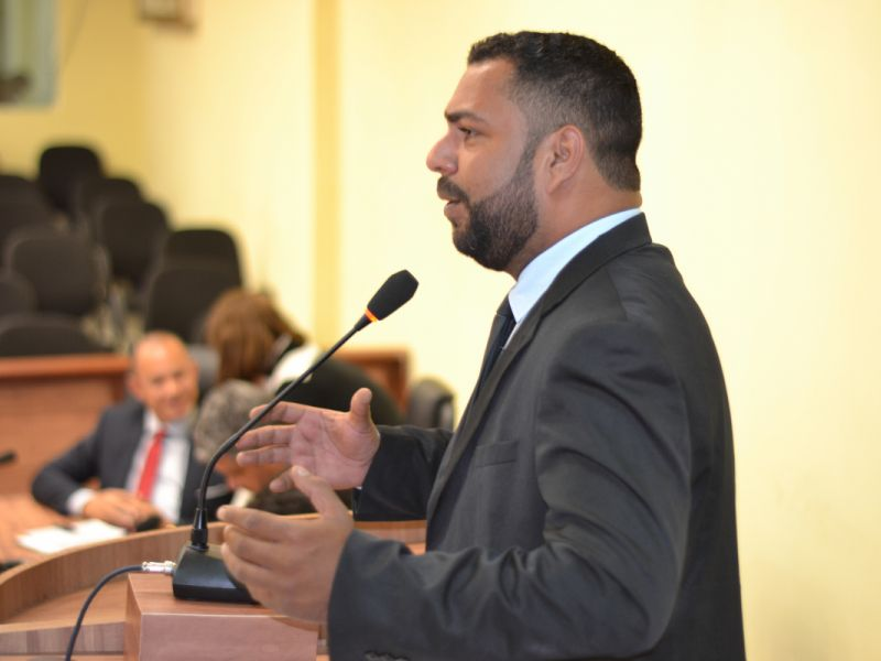 João Lucas diz que ex-prefeito Alexandre Toledo foi insensível e desumano por causa de decreto