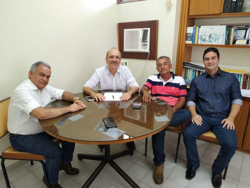 Mais dois vereadores selam compromisso com pré-candidatura de Ronaldo Lopes à prefeitura de Penedo