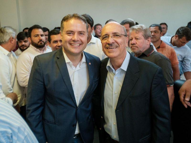 Lopes reitera solicitação de recuperação da estrada Penedo/São Sebastião em encontro com Renan Filho