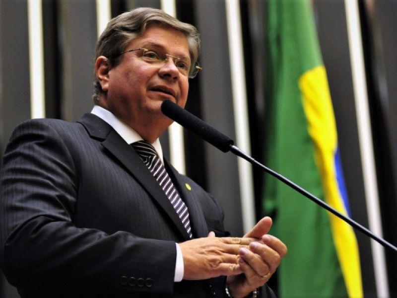 Câmara Municipal de Penedo aprova homenagem a Alexandre Toledo