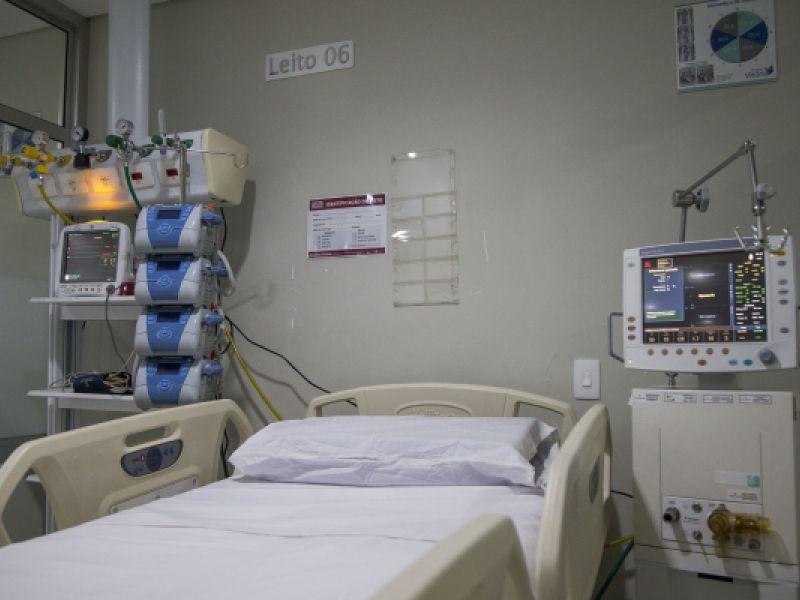 Mortes diárias por Covid-19 cai em 28% no Brasil, afirma Fundação Oswaldo Cruz