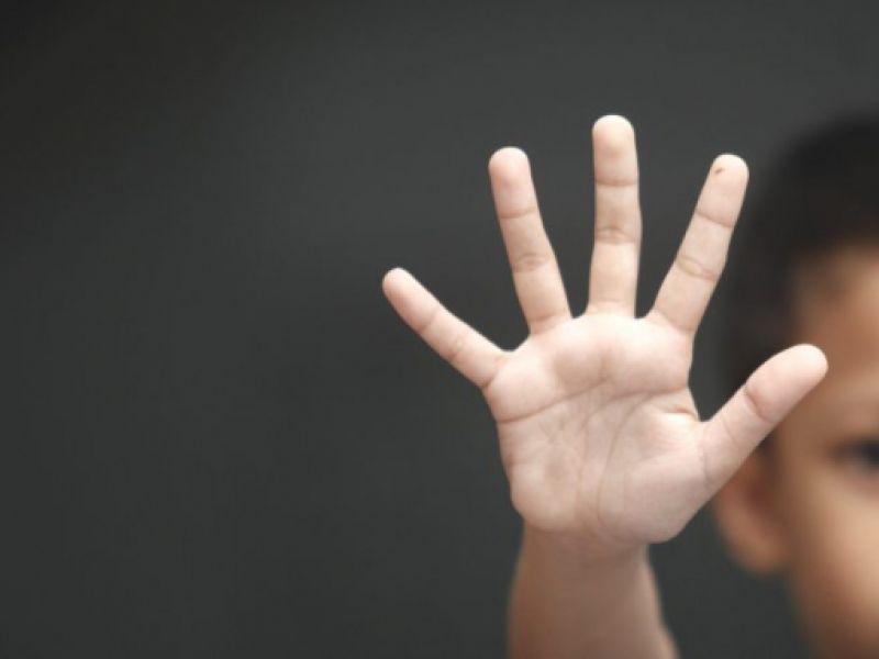 Projeto de lei cria Lei Henry para coibir violência contra crianças e adolescentes