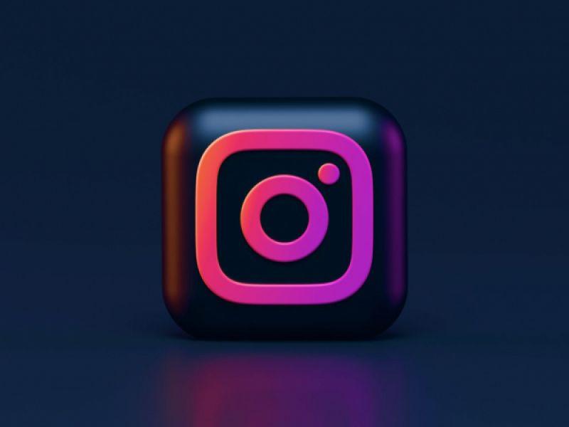 """Tecnologia: O """"arrasta para cima"""" do Instagram é liberado a todos usuários da plataforma"""