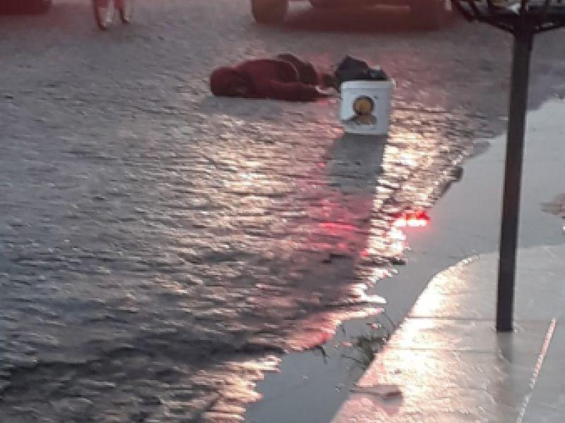 Jovem de 19 anos é assassinado em plena luz do dia na feirinha de Penedo