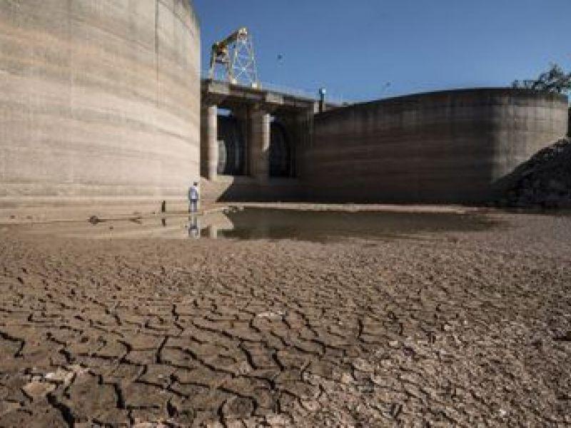 A maior crise hídrica no Brasil, alerta para o desperdício de água