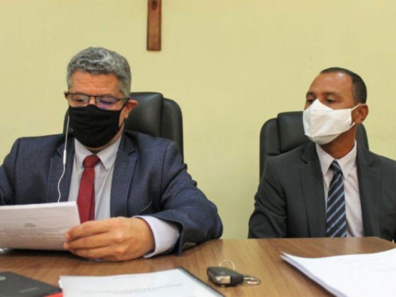 Câmara Municipal de Penedo dá posse ao Vereador Rogério dos Peixoto