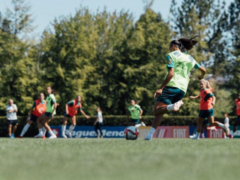 Seleção feminina realiza último treino antes de embarque para Tóquio