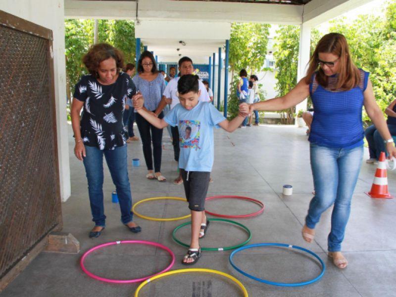 Com novo concurso, AL terá professor para alunos com deficiência em cada escola