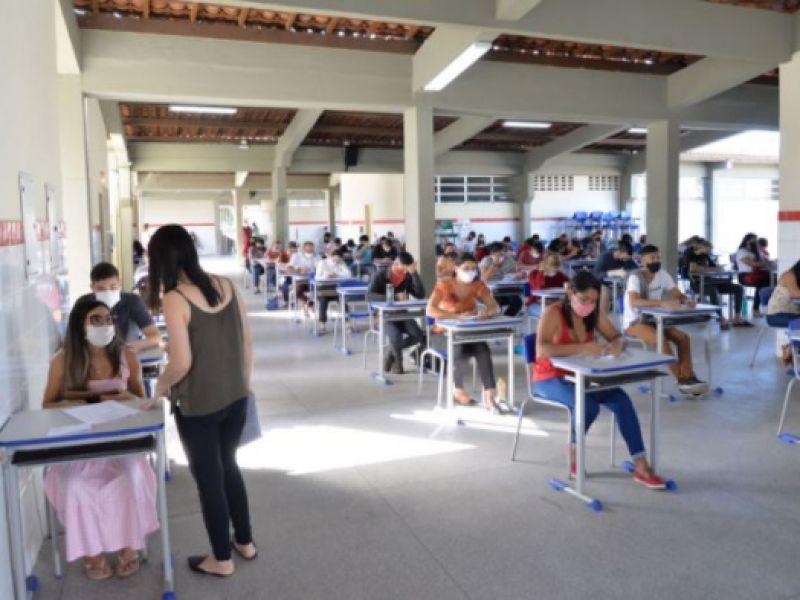 Educação Estadual realiza aplicação de Exames Supletivos em regime especial