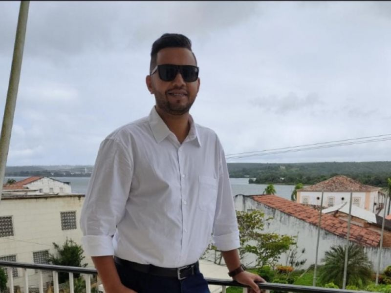Servidor público Jânio Oliveira desponta como nova liderança sindical em Penedo