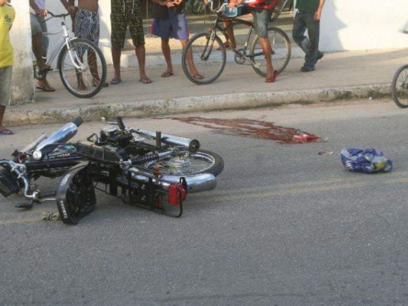 Homem de 51 anos morre após colisão entre motocicletas em Porto Real do Colégio