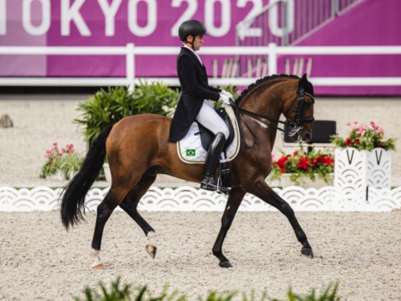 Olimpíada: João Victor Oliva alcança nota histórica no adestramento