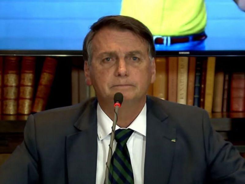Presidente defende voto impresso nas eleições durante live e TSE respondeu suas argumentações