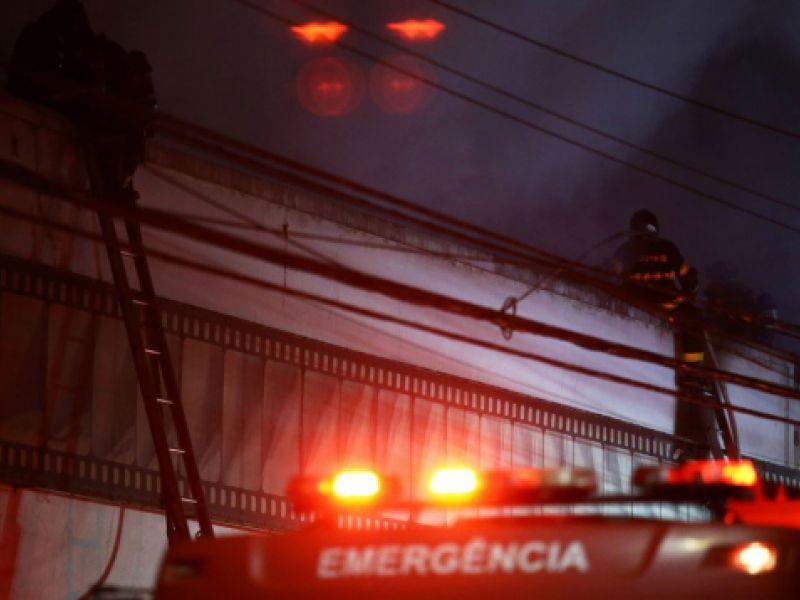Incêndio atinge galpão da Cinemateca Brasileira na zona oeste de SP