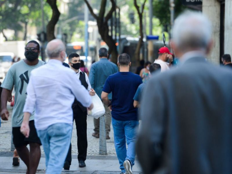 Taxa de desemprego fica em 14,6% no trimestre encerrado em maio