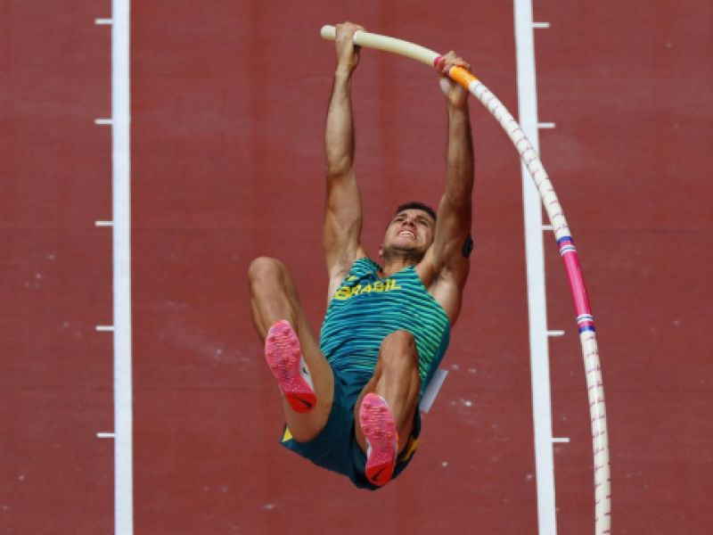 Thiago Braz garante vaga na final do salto com vara nas olimpíadas de Tóquio