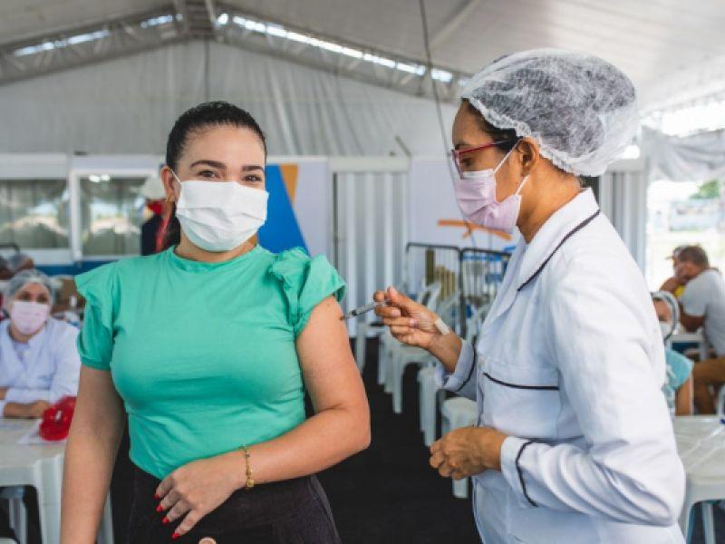 Maceió tem mais de 65% dos adultos vacinados com pelo menos uma dose da vacina