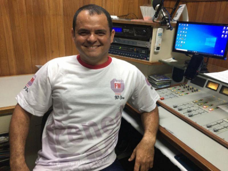 """Programa """"Canal do Povo"""" começa nesta segunda, 02, na Penedo FM"""