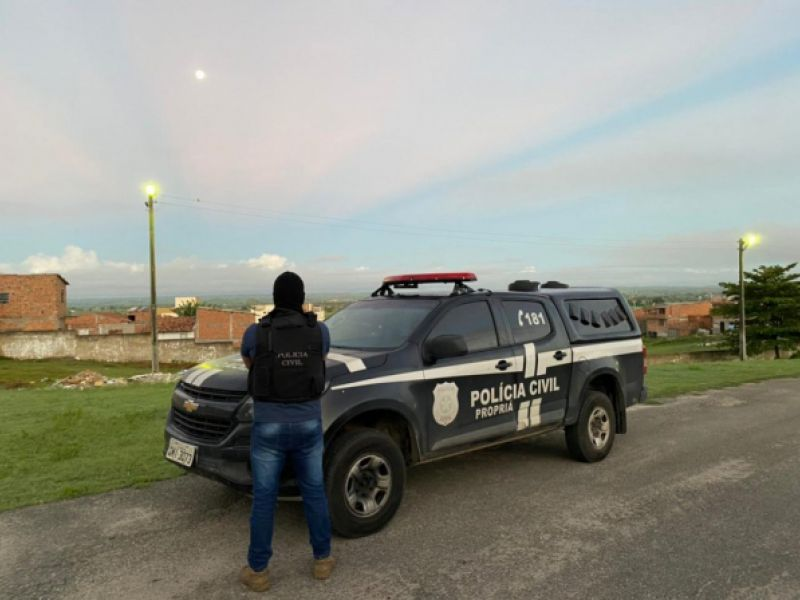 Mulher apontada como chefe de grupo criminoso que atuava no Baixo São Francisco é presa