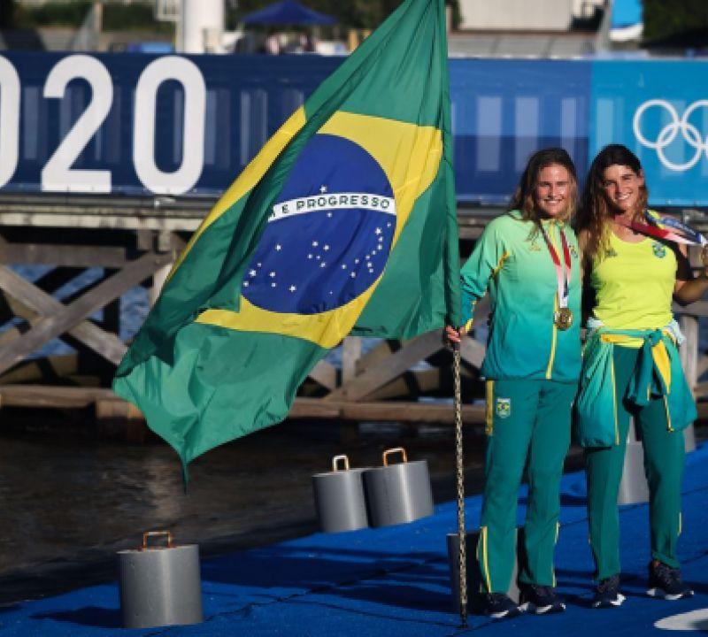 Ouro deixa Martine e Kahena no seleto grupo das bicampeãs olímpicas