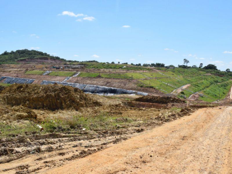 Ao visitar a Estre Ambiental, Sergas analisa a possibilidade de aproveitar o Biogás