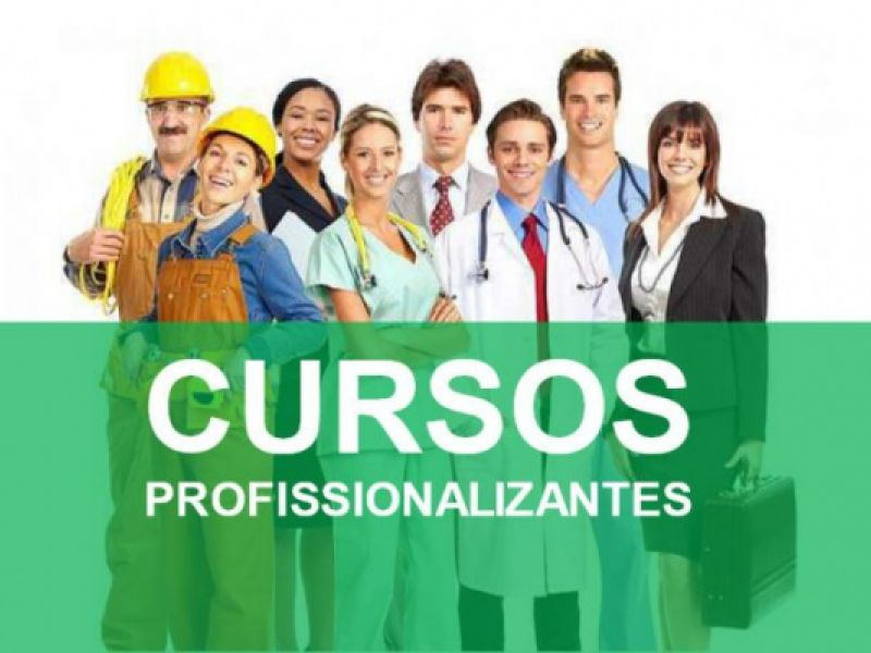 Escola lança programa de incentivo ao primeiro emprego na cidade de Penedo