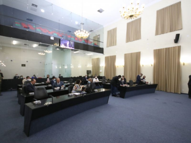 Assembleia Legislativa de Alagoas aprova bloco com 71 indicações