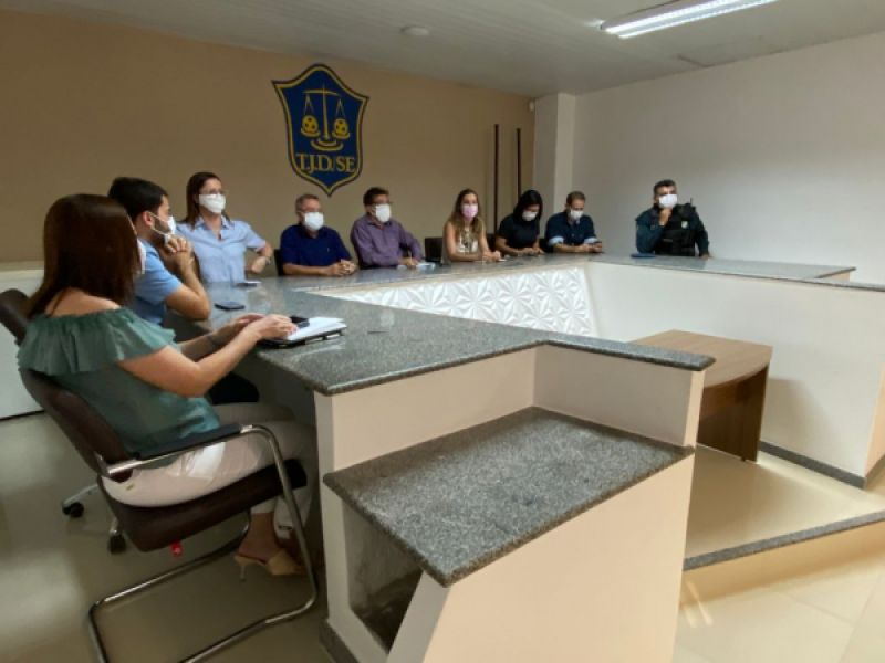Governo promove reunião para alinhar protocolo sobre liberação de torcida em estádios