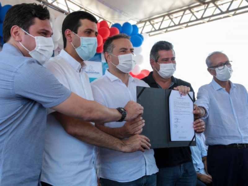 Governador Renan Filho autoriza construção de 50 casas em Cacimbinhas