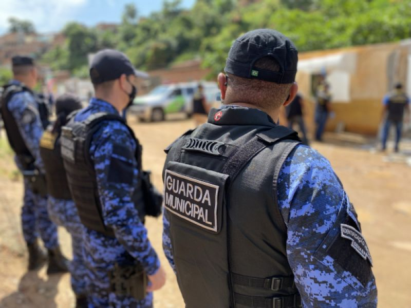 Guarda Municipal realiza prisão em flagrante de assaltante no Pam Salgadinho