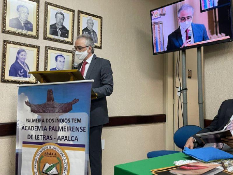 Juiz de Penedo é homenageado pela Academia Palmeirense de Letras