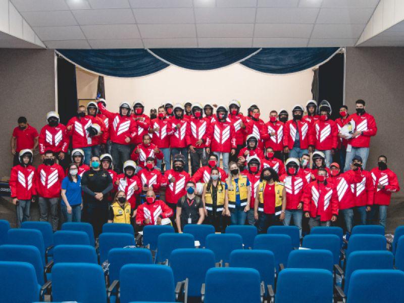 SMTT capacita entregadores com o projeto 'Anjos do Capacete' em parceria com Ifood
