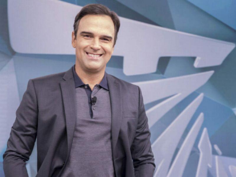 Vai para o BBB 22? Globo define o futuro de Tadeu Schmidt em sua programação