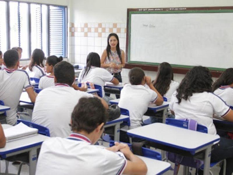 Retomada das aulas presenciais em escolas da rede estadual de Alagoas