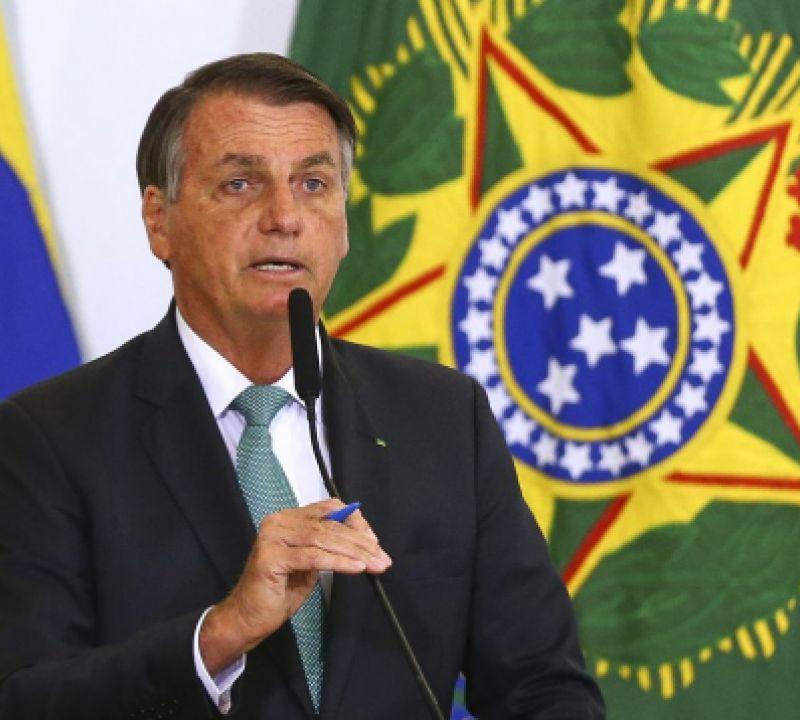 Presidente Bolsona testa negativo para o covid-19, teste feito em função da viagem aos EUA