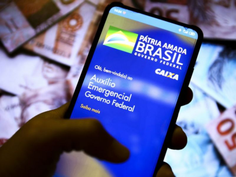 Auxílio emergencial é pago a beneficiários do Bolsa Família com NIS 7