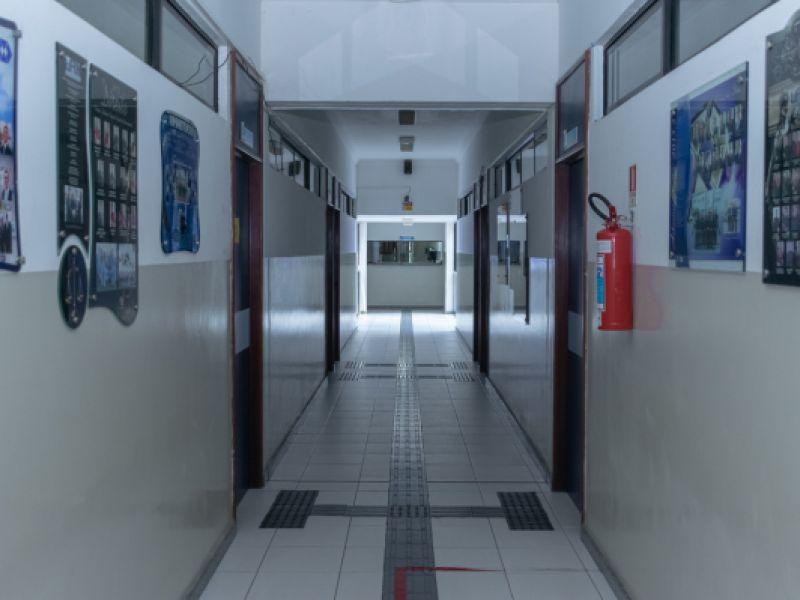 Faculdade divulga edital com mais de 10 vagas para contratação em Penedo