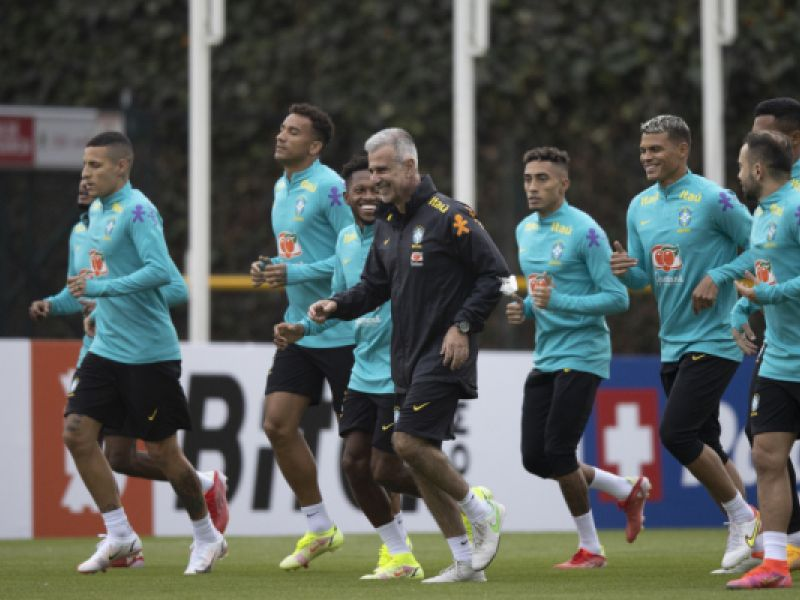 De olho na Venezuela, Seleção Brasileira inicia os trabalho em Bogotá