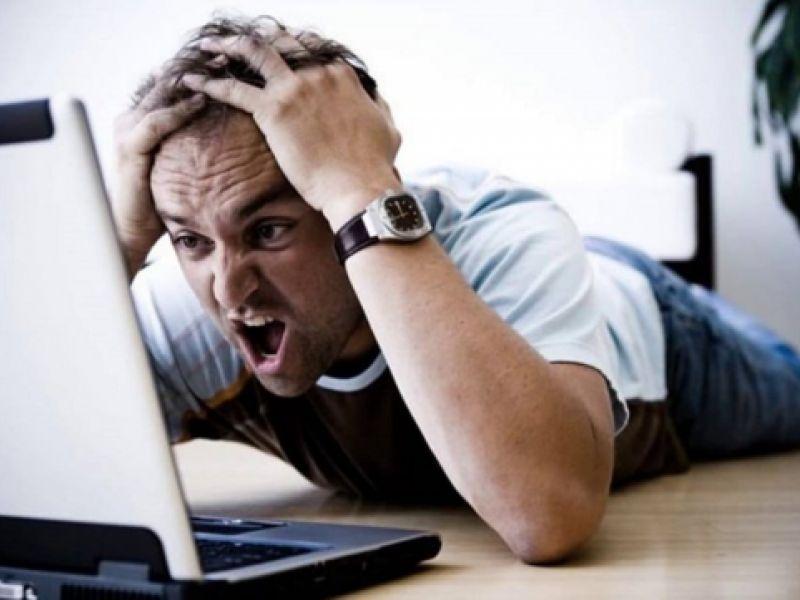 O sinal de Internet ficou fora do ar ? Saiba como exigir desconto na mensalidade