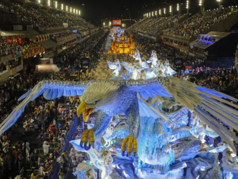 Rio inicia venda de ingressos para o carnaval de 2022, valores variam de R$115 a R$500