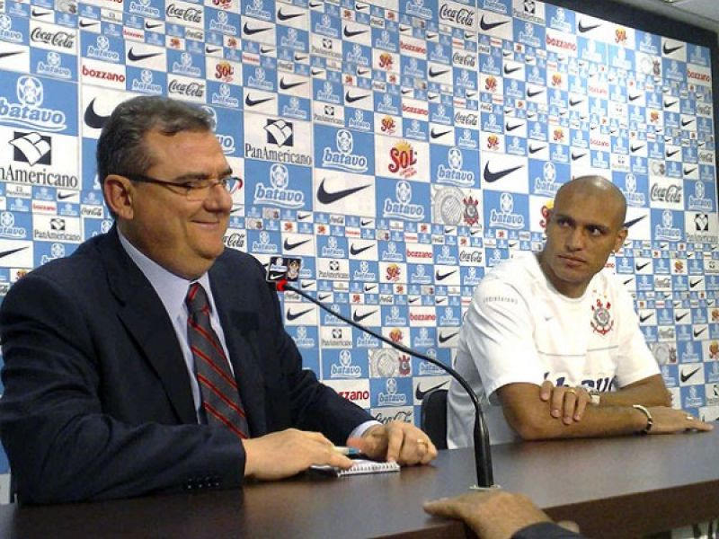 Edno se apresenta e quer jogar diante do São Paulo