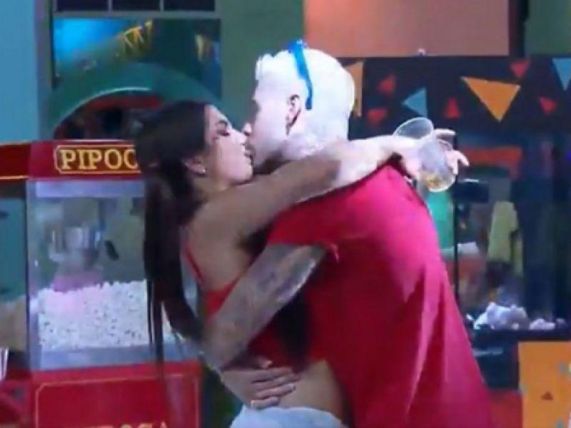 A Fazenda 13: Veio aí! Gui Araújo e Marina Ferrari protagonizam beijão na pista de dança