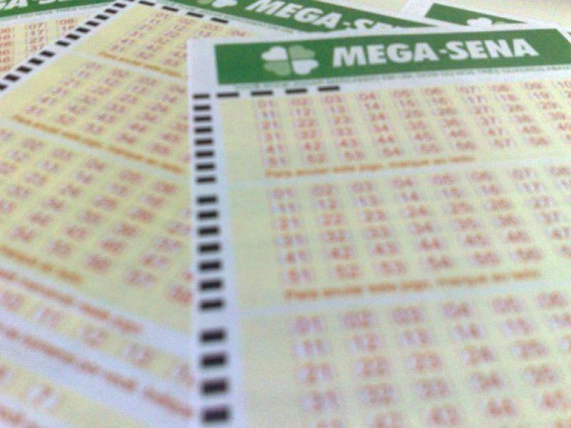 Mega-Sena acumula e sorteará R$ 5 milhões