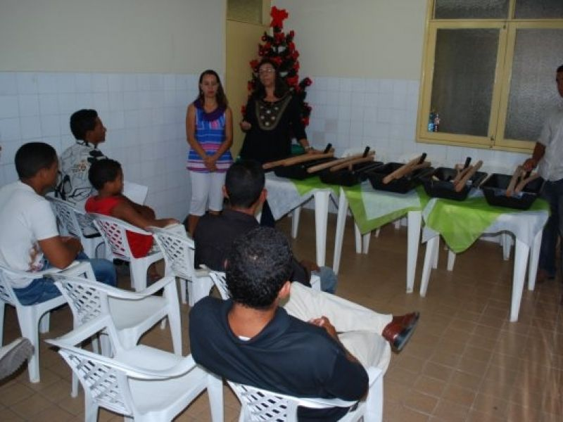 Prefeitura encerra curso de pedreiro para moradores da Orla Lagunar