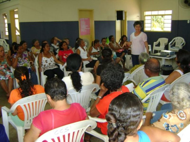 Centro de Referência  realiza encontro das famílias