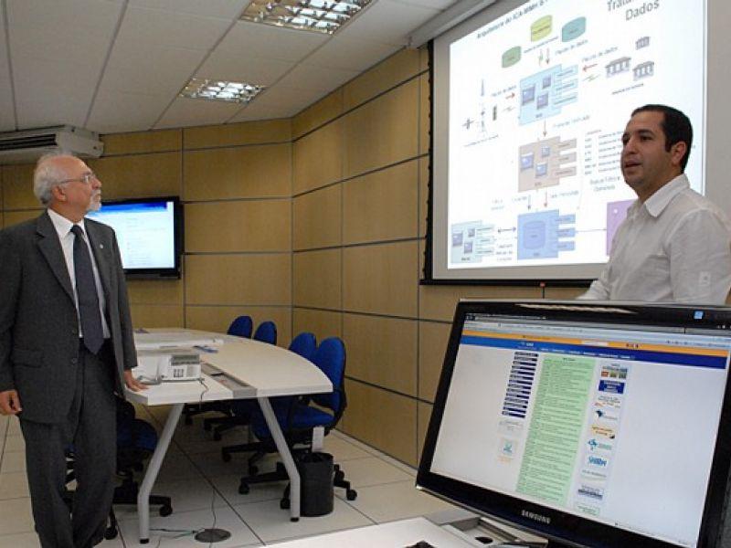 Agência inaugura sala para monitorar situação de chuvas e rios