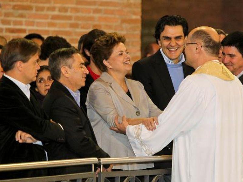 Dilma diz que combaterá a corrupção doa a quem doer